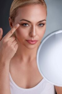 Maquillaje Permanente de Cejas